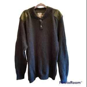 NWOT UNISEX PREPPY HIPSTER L.L BEAN WOOL WITH SHOULDER PATCHES SWEATER⭐️⭐️⭐️⭐️⭐️